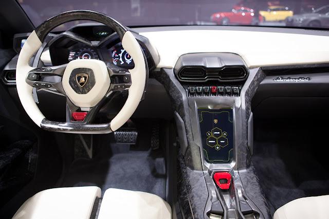Lamborghini Urus SUV Concept interior