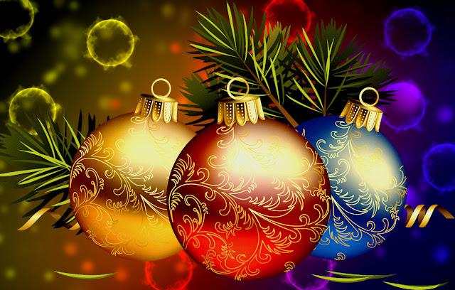 animated  Christmas balls wallpaper
