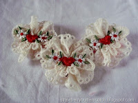 http://strawberrybutterscotch.blogspot.com/2015/07/lace-applique-brooches-tutorial.html