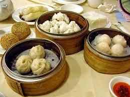 Dim sum adalah salah satu masakan yang sangat lezat, cemilan khas tradisional cina