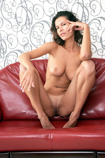 young-girls - rs-test-68_MetArt_Sculpte_Suzanna-A_by_Goncharov_high_0008-722148.jpg