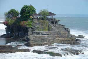 Objek Pariwisata Tanah Lot - exnim.com