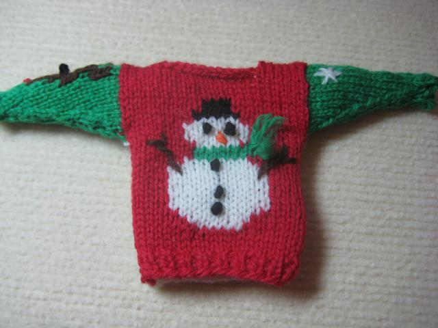 Knit Pattern Sweater Ornament : Rox Talks: Ugly Christmas Sweater