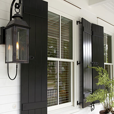 J 39 adore decor low country style for Country shutters