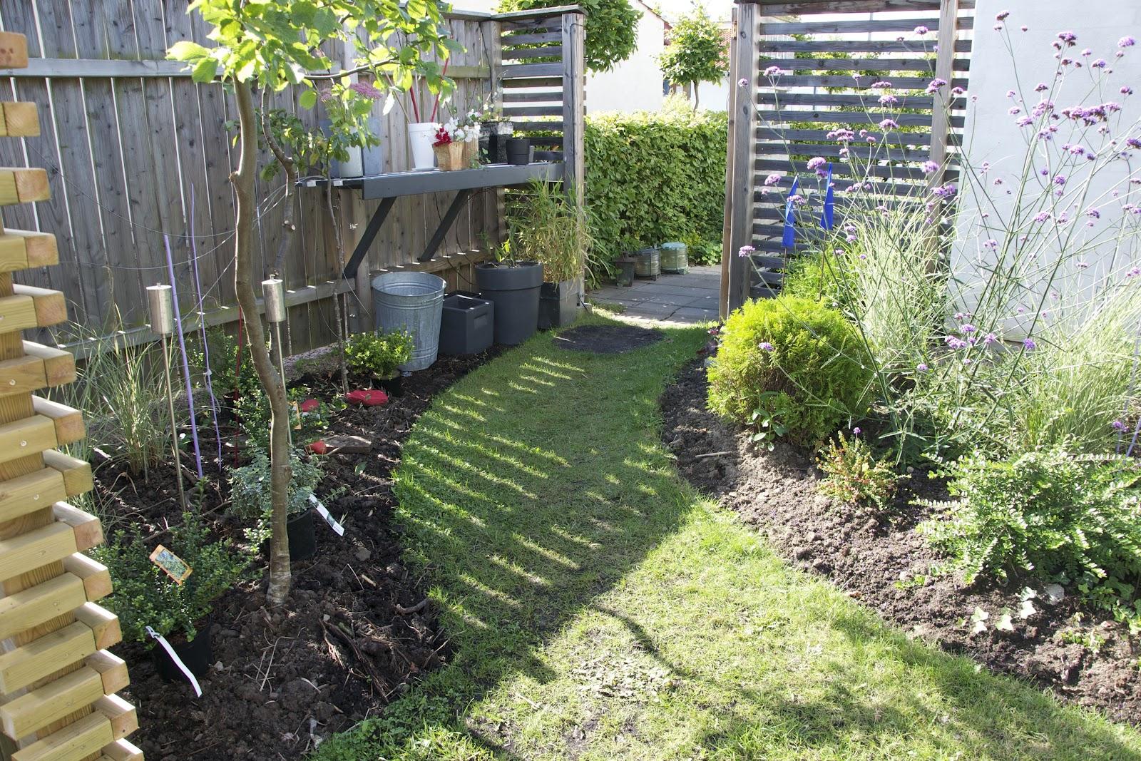 Cattis och eiras trädgårdsdesign: att anlägga en ny rabatt