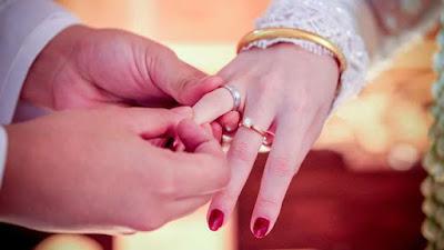 Cincin Pernikahan Titanium Bisa Buat Anda Kehilangan Jari