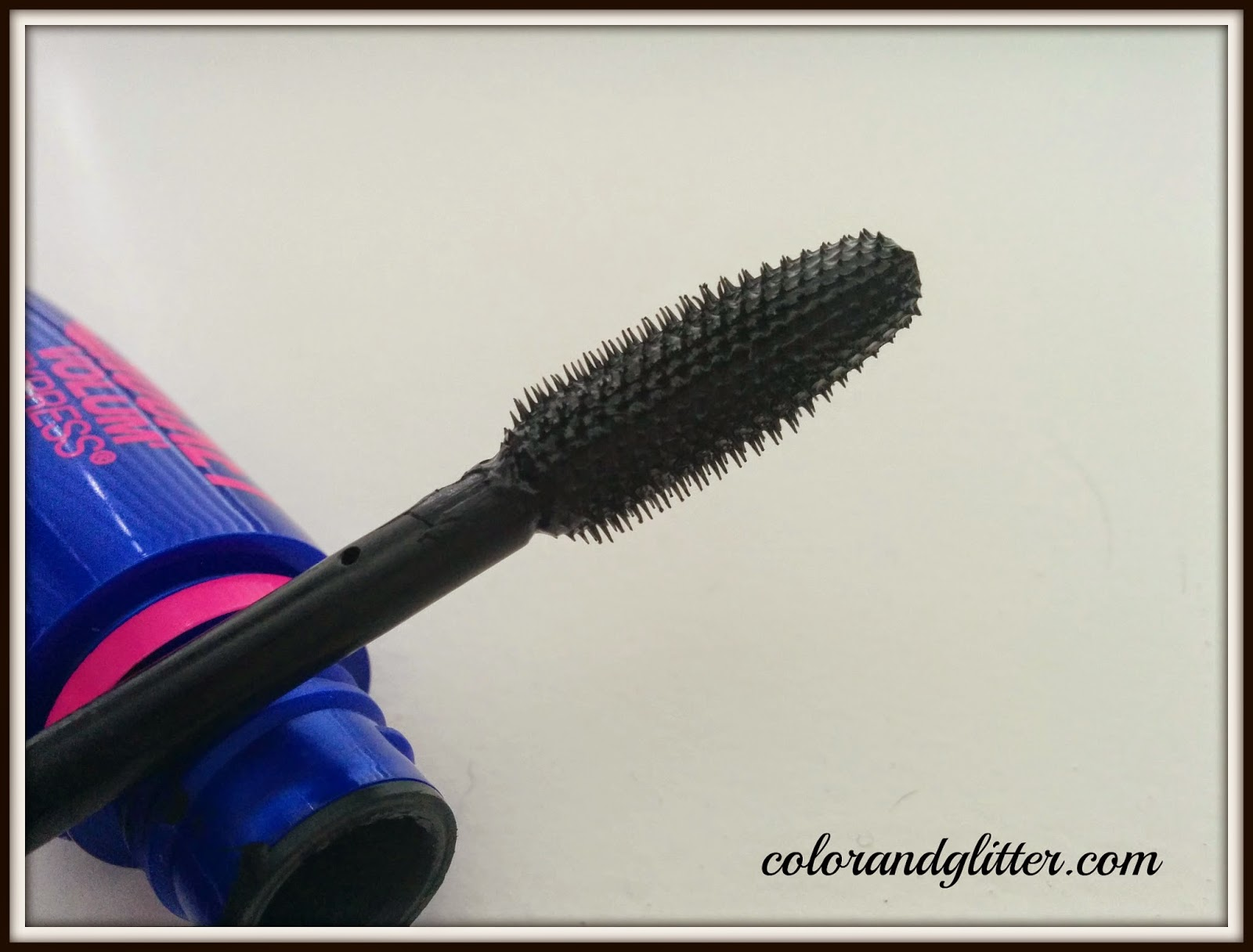 Maybelline Volum' Express The Rocket Mascara in Very Black