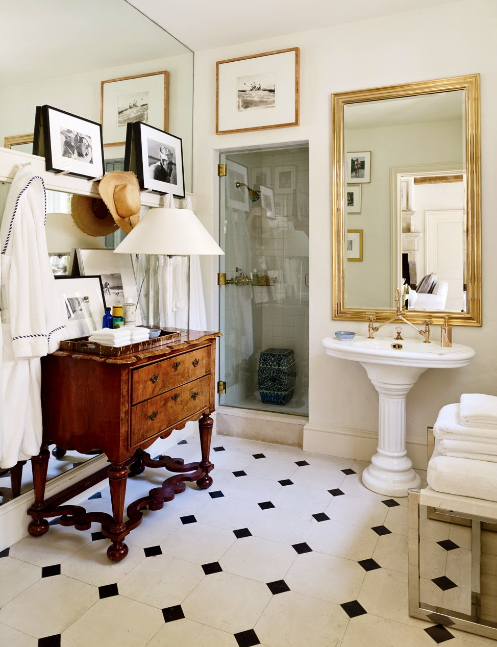 how to decorate a bathroom vintage