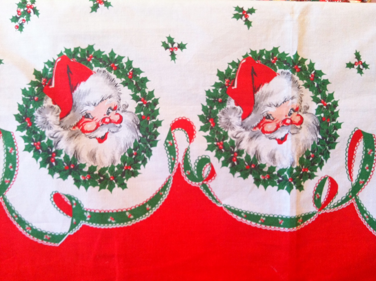 Two crazy crafters vintage christmas tablecloth for 12 days of christmas table cloth