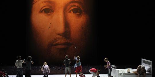 Teatro Blasfemo, Paris,Sobre o conceito do rosto do Filho de Deus, Cristianofobia, cristofobia, Romeo Castelluci