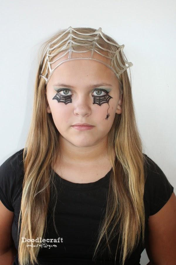 Doodlecraft: Revitalize and Restore Old Halloween Make-up!