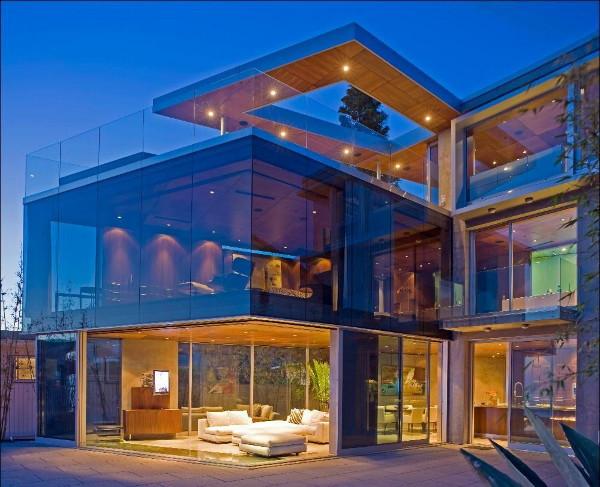 Desain Interior Dan Eksterior Yang Mengandalkan Keanggunan Kaca