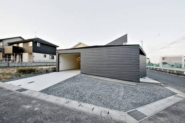 Minimalist and future house design in nagoya japan with for Minimalist design concept