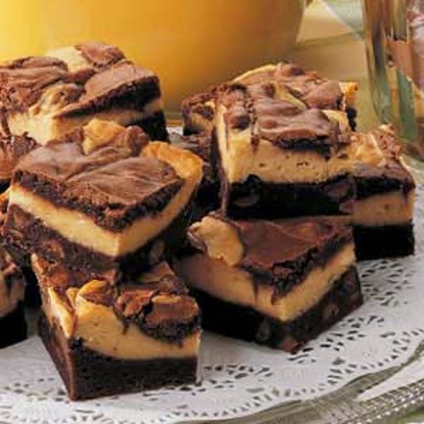 Oh, No! Mama's Off Her Meds, Again.: Peanut Butter Brownie Bars