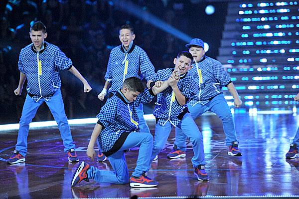 iconic boyz abdc 6. Crew: Iconic Boyz