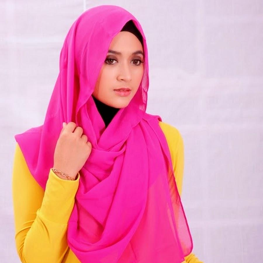 Awal Mula Natasha Farani Membuat Video Tutorial Hijab