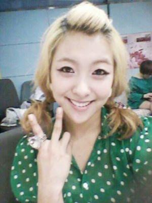 f(x) luna gif  Luna updated her personal me2d...