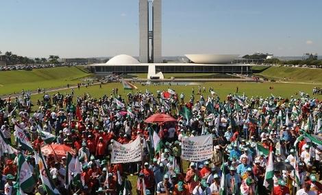 Brasil: GOVERNO RETOMA DESAPROPRIAÇÕES E PODE ASSENTAR ATÉ 50 MIL FAMÍLIAS