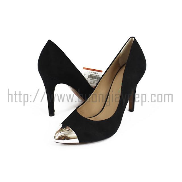 Bán buôn giày captoe Bershka mũi kim loại màu đen VNXK