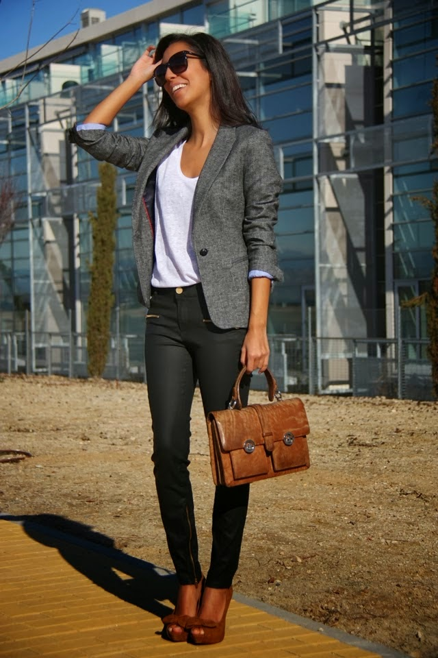 Smart-Casual Wear Ideas for Girls At work ~ Entertainment News Photos u0026 Videos - Calgary ...