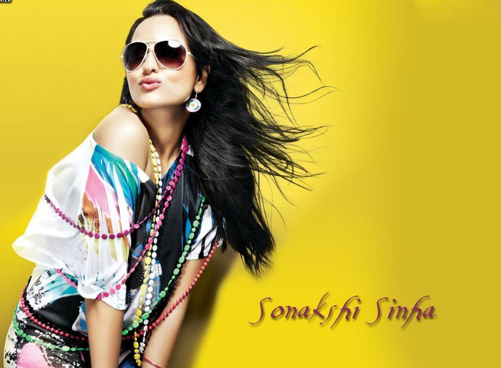 Sonakshi Sinha New HD Wallpaper 2013-14