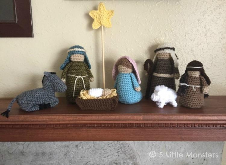 Free Knitting Pattern Nativity Set : 5 Little Monsters: Crocheted Nativity Set