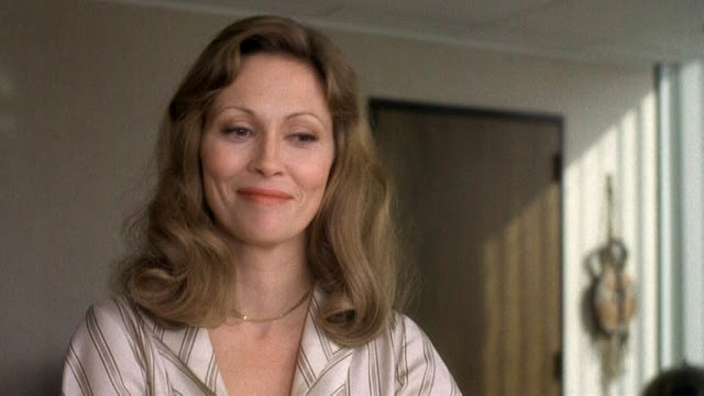 File faye dunaway takes on television in 1976 s network glamamor