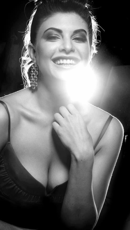 Jacqueline Fernandez Sexy