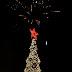 Φωταγωγήθηκε το Χριστουγεννιάτικο δέντρο στην Κεντρική Πλατεία Λαυρίου
