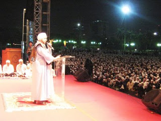 Habib Munzir Al Musawa Meninggal Dunia