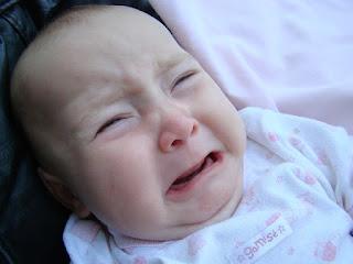 Penyebab Mengapa Bayi Sakit Perut