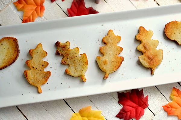 Modern Thanksgiving potato leaves