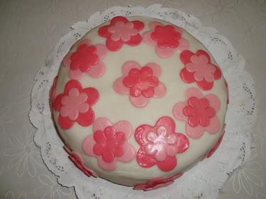 torta flores en rosado (25 personas)