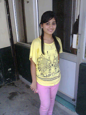 Desi Teen Girl