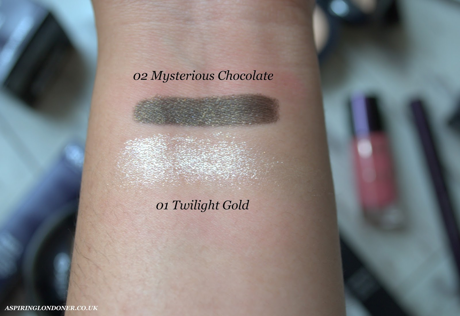 Kiko Midnight Siren Collection Cream Highlighter Moon Shadow Review Swatch - Aspiring Londoner