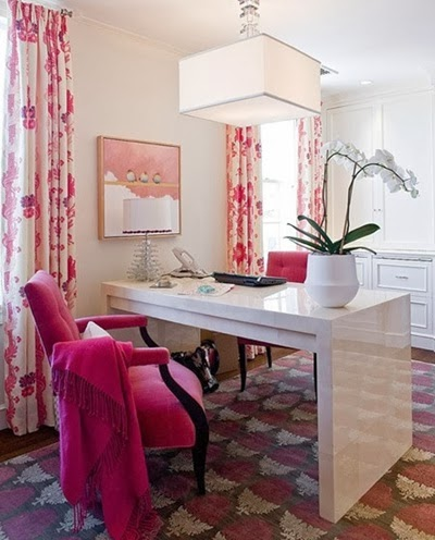 foto oficina rosa fuerte