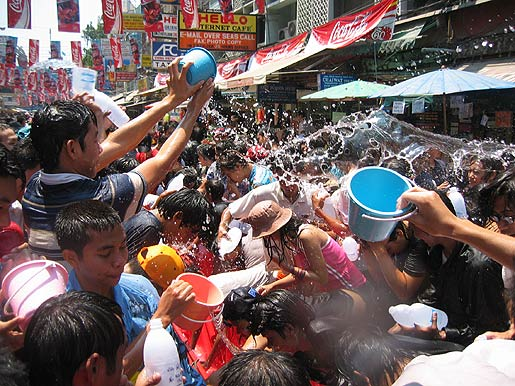 Living in Thailand: SONGKRAN Festival