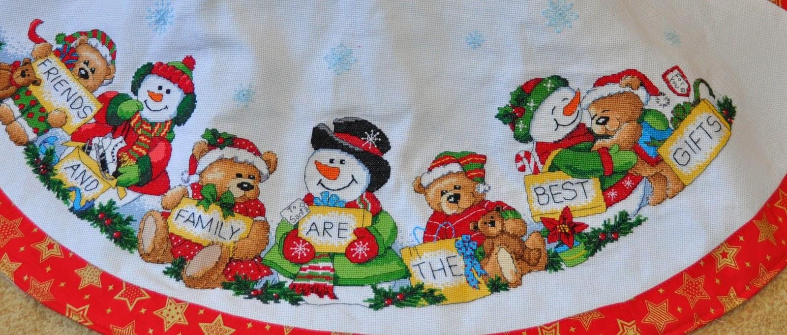 Вышивка юбок под елку