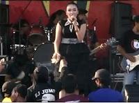Elsa Safira - Tetap Dalam Jiwa (Monata Live Prapatan Group Rembang 2015)