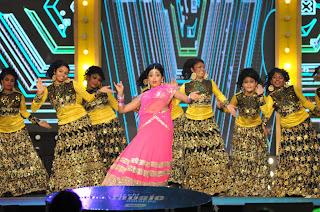 shriya stage dance at mirchi music ads(7).JPG