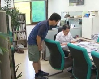 PNS Korsel Boleh Pakai Celana Pendek & Sandal ke Kantor