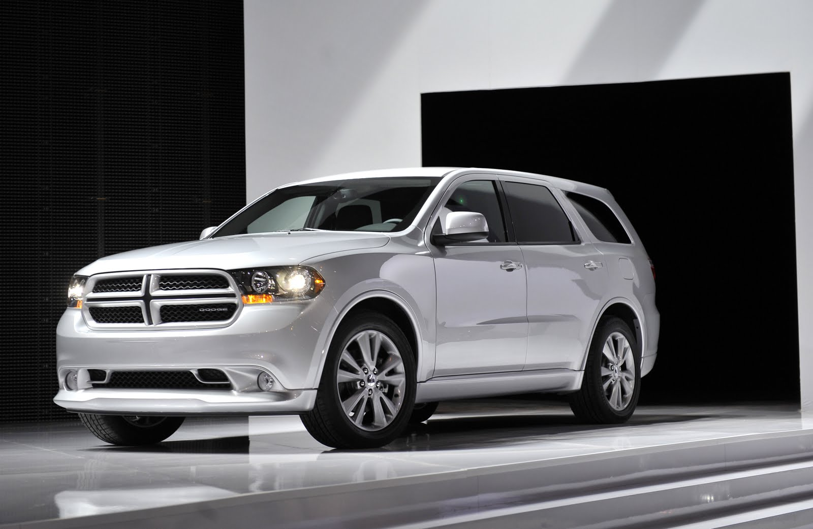 world best cars 2012 durango. Black Bedroom Furniture Sets. Home Design Ideas