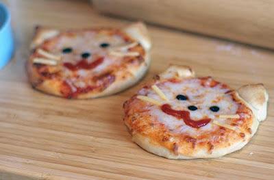 Pizzas em formato de gatinhos