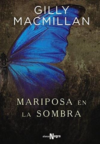 Mariposa en la sombra