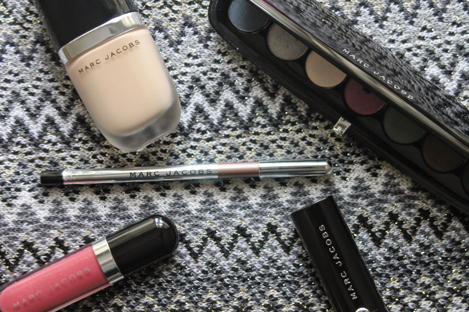 MARC JACOBS MAKEUP: WHAT TO BUY