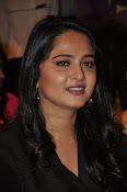 Anushka glamorous photos gallery-thumbnail-16