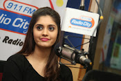 surabhi latest gorgeous looking pics-thumbnail-8