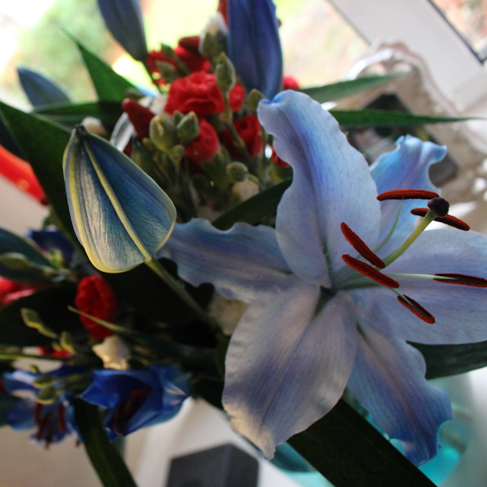 Happy thoughts forget me nots easing allergies removing lily stamen i love decorating our house for each season or special occasion i especially love theming my decorations flowers have become my favourite way of doing izmirmasajfo