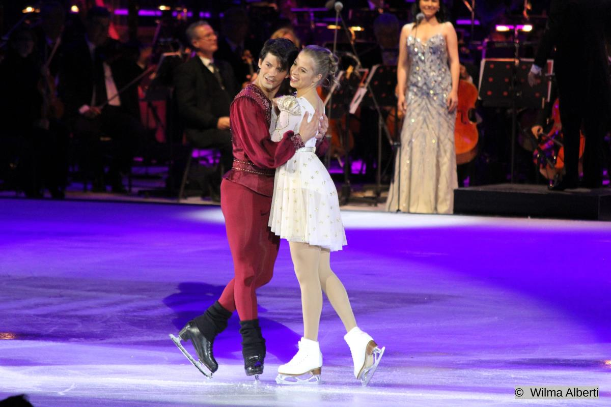 "Carolina Kostner & Stéphane Lambiel ""Romeo and Juliet"" - Opera on Ice 2012 Video"