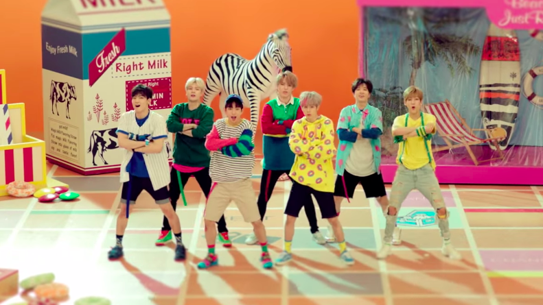 Fufu ViFi: Lirik Lagu GOT7  Just Right